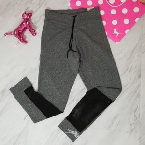NWT!  PINK VS CAMPUS YOGA LEGGING